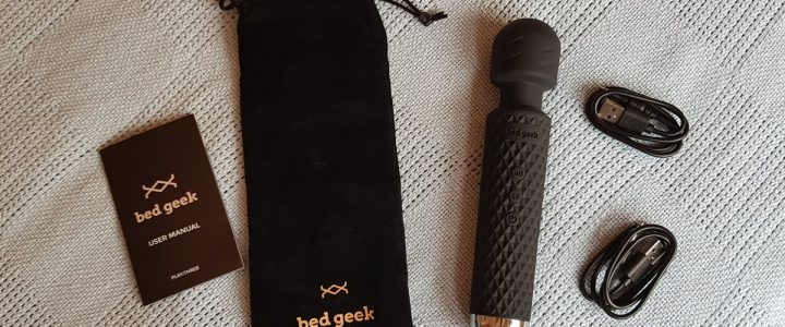 Bed Geek - a compact cordless hitachi magic wand